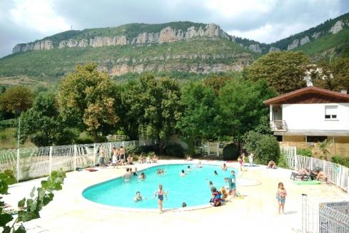 CAMPING SAINT LAMBERT, piscine et vue sur la Pouncho d'Agast