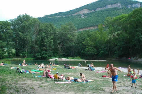 CAMPING LE SAINT LAMBERT, plage pour farniente, baignade ou pêche